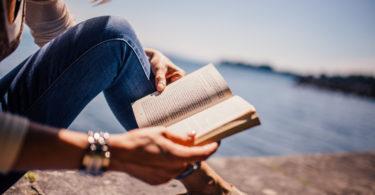 Goed nieuws boekenwormen, lezen is echt goed voor je!
