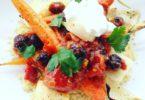 couscous met geroosterde groente en rode saus