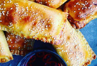 Recept: Kip saucijzenbroodjes
