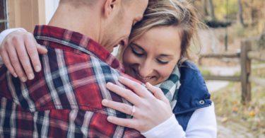 dingen die je moet weten als je een relatie hebt met een introvert persoon