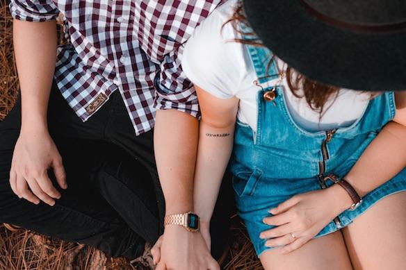 5 tekenen dat je een hele diepe connectie met iemand hebt