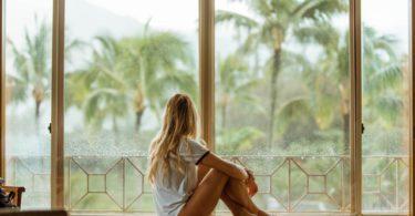 Waarom vrouwen niet weg uit slechte relaties