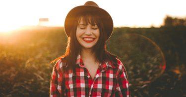 10 gewoontes waar gelukkige mensen prioriteit aan geven