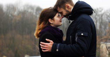 Relatietherapeuten zeggen dat deze 6 dingen je relatie langzaam kapot maken