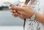 Direct reageren op appjes en mail doet je uiteindelijk meer kwaad dan goed
