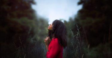 11 signalen dat je te veel van jezelf aan anderen geeft