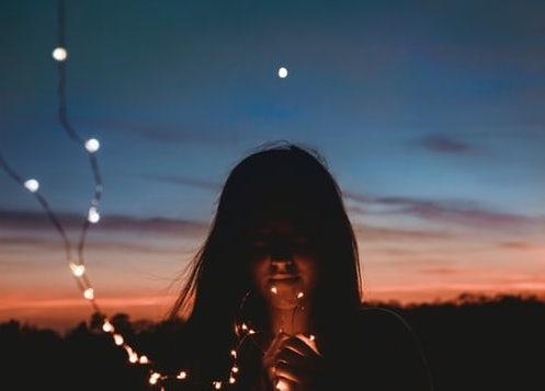 Waarom het ritme van de maan belangrijk is voor ons vrouwen